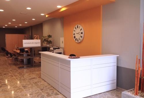 NB21 - Reforma y decoración de oficina en Melide